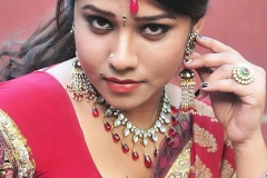 thumbs_Hot_Jyothi280429.jpg