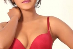 thumbs_nisha_yadav_swim_wear_shoot_28429.jpg