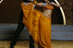 thumbs_Priya_Mani_in_Tikka_Movie_Stills_282329.jpg