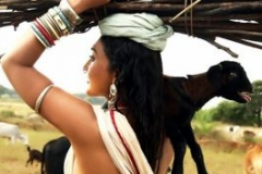 normal_ramya_sri_hot_01
