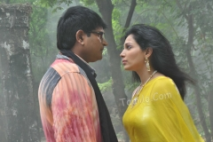 aakasam_lo_sagam_hot_movie6